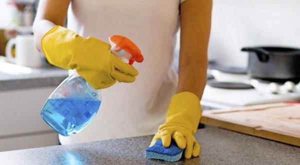 تنظيف المنزل من الغبار